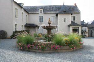Cour Intérieure Musée des Métiers Saint-Laurent-de-la-Plaine