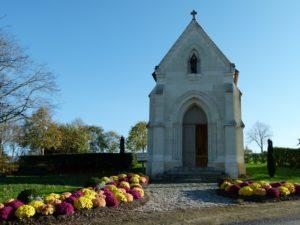 La chapelle de la Salette construite en 1880 Le Mesnil-en-Vallée