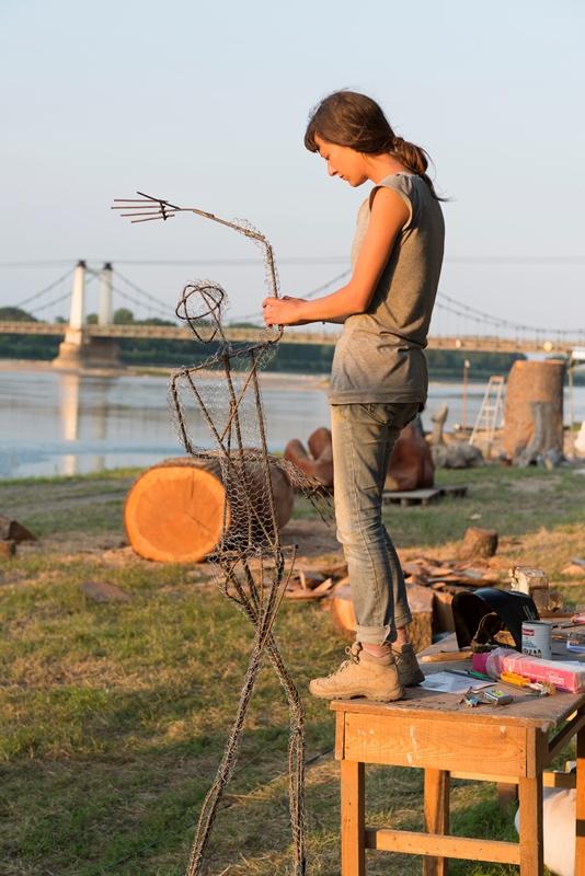 ©D.Drouet-symposium de sculptures monumentales Montjean-sur-Loire