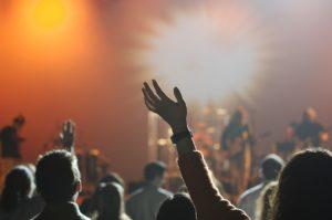 concert audience-868074_1280